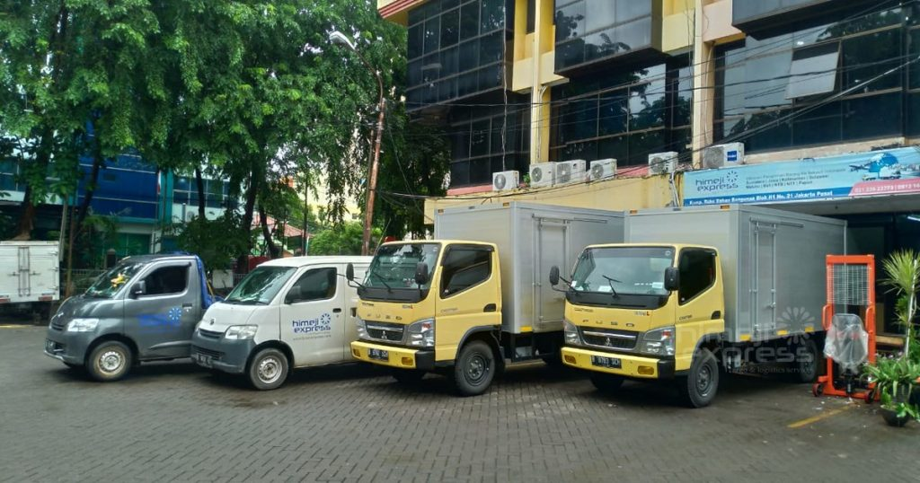 Jasa Sewa Truk Jawa Bali